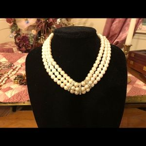 """Jewelry - Woman's 16"""" Pearl Necklace"""